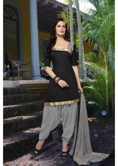 Adorable Black Colored Printed Cotton Salwar Kameez 29783