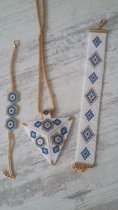 552 × 993 pixels I wanted showing you making a bracelet with natural stone and leather thread with video. Seed Bead Jewelry, Bead Jewellery, Bead Earrings, Jewelery, Beaded Necklace, Beaded Bracelets, Bead Loom Designs, Bead Loom Patterns, Beaded Jewelry Patterns