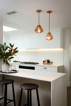 HAU_Reno-Rumble_Freedom-Kitchen-Design-Modern-Classic_01_440px.jpg 440×660 pixels