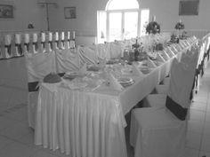 Sala bankietowa Finezja - piękne, dworkowe wnętrze, dobra kuchnia, miła i profesjonalna obsługa oraz wesele do 160 gości. Finezja znajduje się 4 km od Turku, przy głównej trasie Turek- Sieradz.  http://www.salemarzen.pl/sale-weselne/turek/finezja-sala-weselna #finezja #salabankietowa #turek