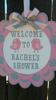 Bandera de ducha bebé pájaro rosado y gris. por SweetBugABoo