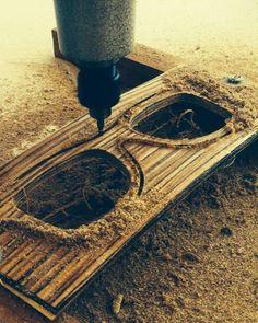 A criação permeia o sentido que damos a cada peça criada! #UseTwoeny! #feitonobrasil #oculosdemadeira #madeira #moda#sustentabilidade #fashion #óculos #estilo#esporte #natureza #mar #praia #Ceará #zeiss#zeisslens #feitoamão #arte by twoeny http://ift.tt/1W57513