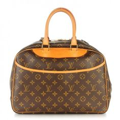 This is an authentic LOUIS VUITTON Monogram Deauville. This cosmetic bag is finely crafted of classic Louis Vuitton monogram on toile canvas.
