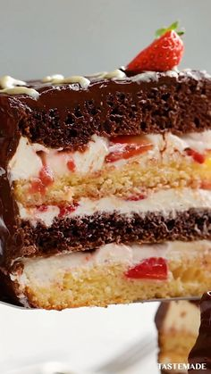 Strawberry Layer Cakes, White Strawberry, Fall Desserts, Easy Cooking, Cooking Recipes, Wine Recipes, Dessert Recipes, Tastemade Recipes, Cupcake Crafts