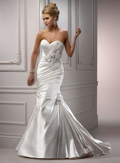 Kristin Bridal Gown