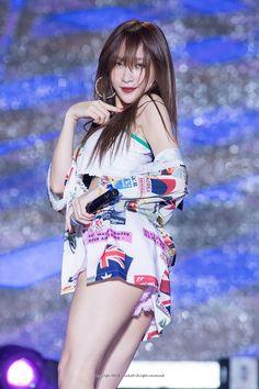 Top beautiful women & pretty girl in the world Gym Girls, Kpop Girls, Korean Beauty, Asian Beauty, Ahn Hani, Bikini Dress, Beautiful Asian Girls, Beautiful Women, Kpop Girl Groups