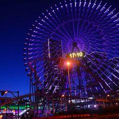 Instagram【nanana0807】さんの写真をピンしています。 《横浜旅行してきました😉 カメラ持ってガッツリ観光客してきました笑  #横浜 #yokohama  #よこはまコスモワールド #遊園地 #amusementpark  #夜景 #nightview  #ニコン #nikon #風景 #landscape  #神奈川 #kanagawa #観覧車 #farriswheel #ランドマークタワー #landmarktower》