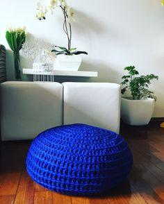 Puf de crochê Madeleine Decor!! Feito com #fiomalha #croche solicite já o seu pelo whats 11 98152-9293 ou 11 98211-3031 #madeleinefazparavoce #madeleinedecor #puf #pufcroche #preto #black #decor #design #details #detalhes #decorando #decorar #boho #decordesign #vintage #vintagehome #vintageshop #vintagestyle #vintagelovers