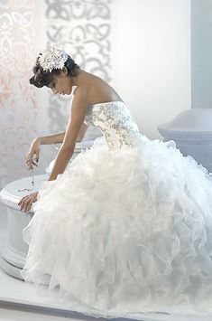 luv this #wedding dress. :)