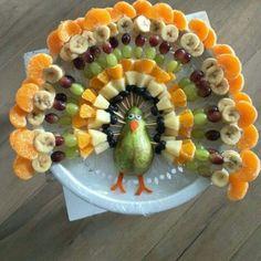 "Plant based thanksgiving fruit Plant based fruit ""turkey "" for Thanksgiving Cute Food, Good Food, Yummy Food, Awesome Food, Fruit Turkey, Turkey Fruit Platter, Fruit Plate, Turkey Veggie Tray, Cheese Turkey"