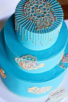 Bollywood birthday special occasion cake royal icing on fondant. Creative Wedding Cakes, Beautiful Wedding Cakes, Beautiful Cakes, Amazing Cakes, Henna Cake Designs, Wedding Cake Designs, Indian Cake, Indian Wedding Cakes, Bolo Zen