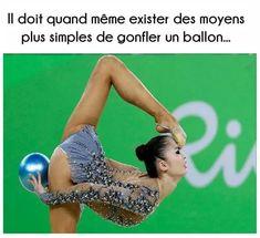 Il doit quand même exister des moyens plus simples de gonfler un ballon !!! #lol #mdr #rire #blague #humour #blagues #drole #rigoler #drôle #rigolo #marrant #gag