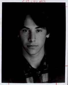 Young Keanu Reeves, gorgeous!