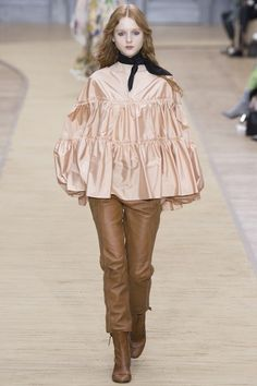 Chloé Fall 2016 Ready-to-Wear Collection Photos - Vogue