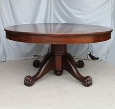 Antique Mahogany Round Dinning Room Table 5 leaves #ClawFeet