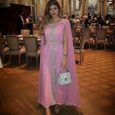 Caftan Marocain 2018 Styles Moderne A Vendre Sur Commande - Caftan Marocain de Luxe 2018 : Boutique Vente Caftan Pas Cher