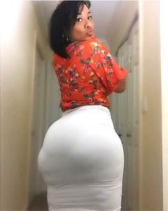 Curvy babes with wide hips & phat ass booties Black Azz, Big Black, Video X, Big Hips, Big Girl Fashion, Women's Fashion, Phat Azz, Sexy Ebony, Voluptuous Women