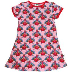 Short sleeved A-line dress in pink with a fabulous peacock print! This comfortable and fun dress is stylish enough for a party, yet durable enough for a hard days play. Designed by Danish kid's brand, Smafolk.