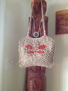 I made this macrame purse for Susie, my friend.