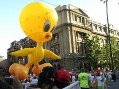 Personaje: Piolin  Actividad: Paris Parade 2012  Lugar: Santiago.Chile.  Desfile Navideño