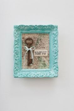 Skeleton key for Paris - a great idea for a nursery or wall art. More ideas @BrightNest Blog