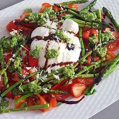 Caprese Salad, Ham, Salads, Dinner Recipes, Healthy Recipes, Healthy Food, Good Food, Veggies, Soup
