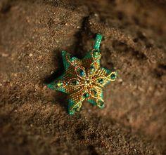 Beaded green gold fish star!