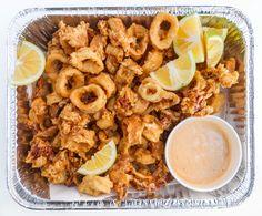 Easy Crispy Fried Calamari (Muc Chien Gion) — Vietnamese Home Cooking Recipes Healthy Calamari Recipe, Calamari Recipes, Squid Recipes, Fish Recipes, Seafood Recipes, Whole Food Recipes, Cooking Recipes, Healthy Recipes, Yummy Recipes