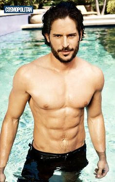 Joe Manganiello Joe Manganiello portrays Alcide Herveaux in True Blood, the werewolf construction worker who sometimes works for vampire. Joe Manganiello Shirtless, Joe Maganiello, Joe Manganiello True Blood, My Pool, Taylor Kitsch, Raining Men, Karl Urban, Keanu Reeves, Celebrity Crush