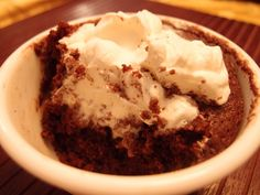 KETO CHOCOLATE CAKE IN MUG 1 Large Egg 2 Tbsp. Salted Butter 2 Tbsp. Almond Flour 2 Tbsp. Unsweetened Cocoa Powder 1 1/2 Tbsp. Erythritol or Splenda 2 tsp. Coconu...