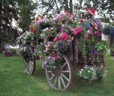 wooden wagon...gorgeous