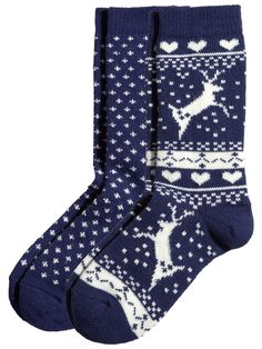 Socks Are NOT Boring Gifts! 15 Ridiculously Cool Pairs That Prove It 12 Pairs of Cool Socks To Give This Holiday Seasom Foot Warmers, Cozy Socks, Fluffy Socks, Winter Socks, Fashion Socks, Emo Fashion, Trendy Fashion, Knitting Socks, Knit Socks
