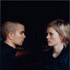 The Knife: Karin y Olof Dreijer Andersson. Expertos en crear atmósferas muy densas y oscuras con su música, especialmente Karin con su alter ego Fever Ray.