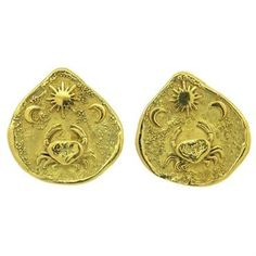 A pair of 18K yellow gold earrings by Elizabeth Gage.    DESIGNER: Elizabeth Gage  MATERIAL: 18K Gold  GEMSTONE: none  DIMENSIONS: 26mm x 26mm.  WEIGHT: 18.5 grams  MARKED/TESTED: Gage 750.  CONDITION: New  PRODUCT ID: 16781