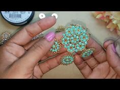 Seed Bead Earrings, Beaded Earrings, Beaded Jewelry Designs, Earring Tutorial, Beaded Brooch, Beading Tutorials, Beaded Flowers, Bead Weaving, Jewelry Making