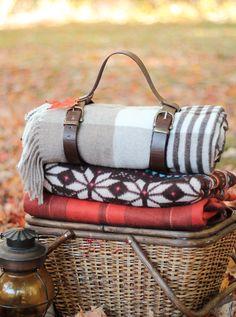 Leather Blanket Carrier DIY