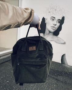 Vegan feito em SP com muito amor e lindo bagarai! @modelaria.sp Kanken Backpack, Vegan, Backpacks, Bags, Outfits, Inspiration, Clothes, Fashion, Handbags