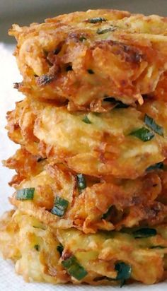 Recipe For Golden Potato Latkes - They were easy to make, and fried beautifully. Sooo good!