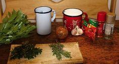 Kombinace bylinek záleží na vaší chuti a možnostech. Korn, Pesto, Herbs, Table Decorations, Herb, Dinner Table Decorations, Medicinal Plants