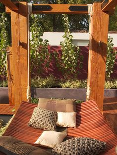 Jamie Durie is a person known for his outdoor design work and DIY gardening and outdoor projects. Now he seemed to have come up with a very lovely hammock, Jamie Durie, Backyard Hammock, Hammock Bed, Hammock Ideas, Outdoor Hammock, Hammocks, Patio Furniture Sets, Bed Furniture, Furniture Ideas
