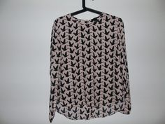 Blouse à motif - vinted.fr Casual Looks, Turtle Neck, Sweaters, Fashion, Pattern Print, Womens Fashion, Moda, La Mode, Sweater
