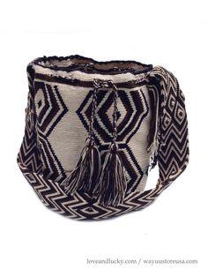 Wayuu Bag Authentic Wayuu Mochila Bags. Crossbody door loveandlucky