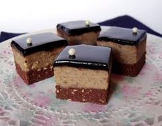 It is delicious ! Hungarian Desserts, Hungarian Recipes, Cookie Recipes, Dessert Recipes, Waffle Cake, Czech Recipes, Milk Cake, Sweet And Salty, Cakes And More