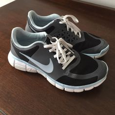 """Nike 7.0 athletic shoes Nike """"Free 7.0"""" Athletic Shoes. Super light in weight. Has the """"Fitsole. Size is 9.5 ran small, I usually wear a 9 and these fit perfect. Very good condition. Nike Shoes Athletic Shoes"""