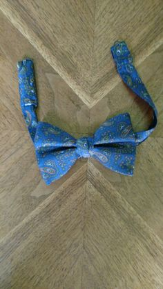Check out this item in my Etsy shop https://www.etsy.com/listing/479621687/vintage-blue-paisley-butterfly-bowtie