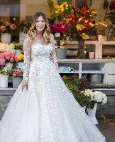 Stunning Custom Wedding Dresses. Revolutionary Prices.