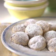 Nestlé Crunch Snowball Cookies   Meals.com