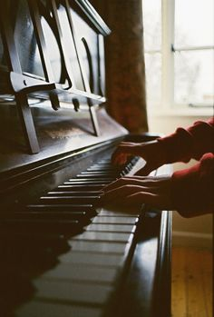 piano, music, and vintage imageの画像 Sound Of Music, Music Is Life, Music Mix, Historia Do Radio, The Piano, Piano Girl, Friend Tumblr, Amadeus Mozart, Music Aesthetic