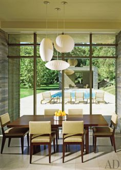 Dining Room by Everage Design and Richard Landry in Los Angeles, California… Dining Room Lighting, Dining Room Sets, Dining Area, Beautiful Dining Rooms, Interior Decorating, Interior Design, Home Decor Inspiration, Decor Ideas, Contemporary Furniture