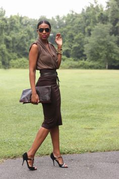 Beaute' J'adore: DIY Quick and Easy High Waisted Pencil Skirt